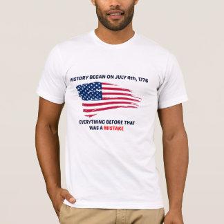 Geschichte fing auf Juli 4. an T-Shirt