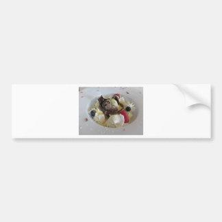 Geschmolzener Schokoladenball mit Zabaglionecreme Autoaufkleber