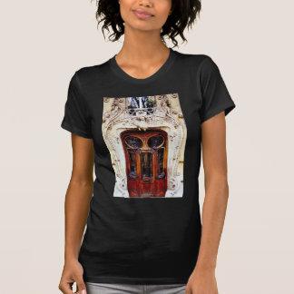 Geschnitzte Tür T-Shirt