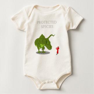 Geschützte Spezies Johnny Kondom Baby Strampler