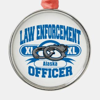 Gesetzeshüter fesselt Alaska mit Handschellen Silbernes Ornament