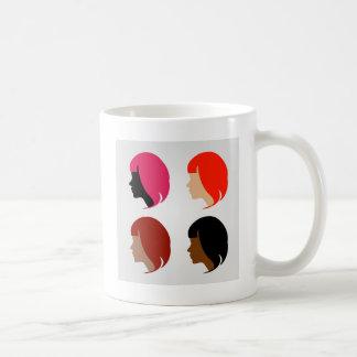 Gesichter von vier multiethnischen Frauen Kaffeetasse