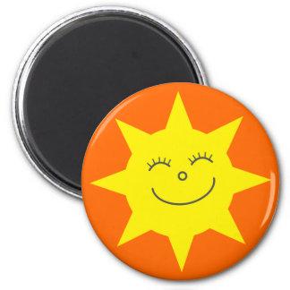 Gesichts-Orangen-Gewohnheit niedlicher CartoonSun Runder Magnet 5,7 Cm