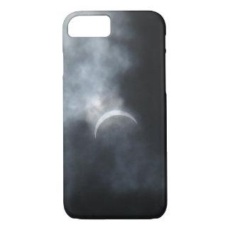 Gespenstische Eklipse-Sturm-Wolken 2017 iPhone 8/7 Hülle