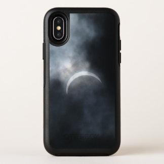 Gespenstische Eklipse-Sturm-Wolken 2017 OtterBox Symmetry iPhone X Hülle