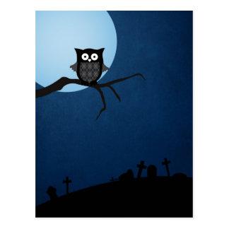 Gespenstische Halloween-Eule Postkarte