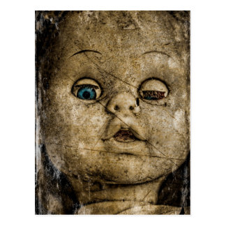 Gespenstische Puppe Postkarte