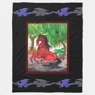Gespenstische rote Cthulu Pferdekürbis-blaues Fleecedecke