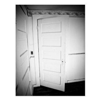 Gespenstische Tür-Postkarte Postkarte
