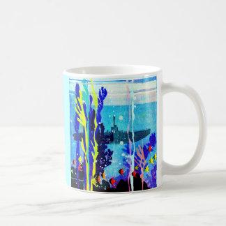gespenstisches Unterseeboot im tropischen Wasser Kaffeetasse