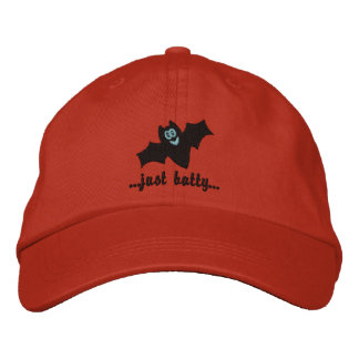 Gestickte Kappe für Halloween
