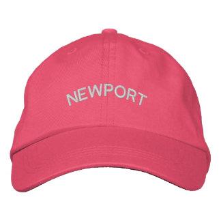 Gestickter Hut Newports Gewohnheit (Rosa)