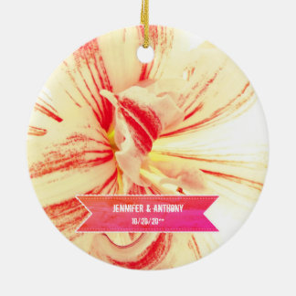 Gestreifte Amaryllis-Blumen-kundenspezifische Keramik Ornament