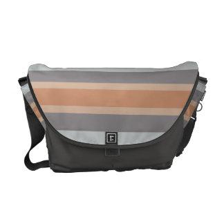 gestreifte neutrale Farbgraues Braun Kurier Taschen