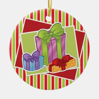 Gestreifte Weihnachtsverzierung w/Presents Rundes Keramik Ornament