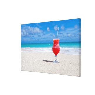 Getränk auf Strand-Leinwanddruck Gespannter Galerie Druck