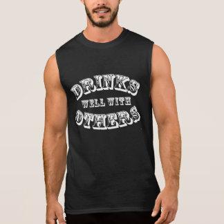 Getränke gut mit anderen Vintage Art Ärmelloses Shirt