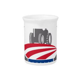 Geweih-Ackerschlepper-amerikanische Flagge Retro Getränke Pitcher