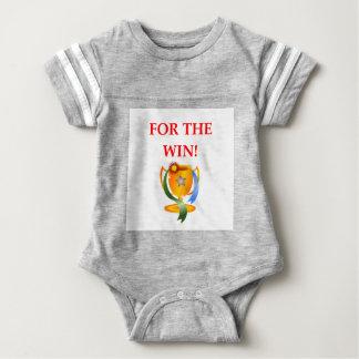 GEWINN BABY STRAMPLER