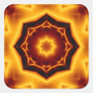 Gezeigter Stern des Kaleidoskop-acht auf Feuer Quadratischer Aufkleber