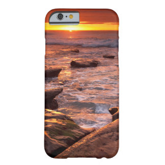 Gezeitenpools am Sonnenuntergang, Kalifornien Barely There iPhone 6 Hülle