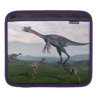 Gigantoraptor und kleine mononykus Dinosaurier - iPad Sleeve