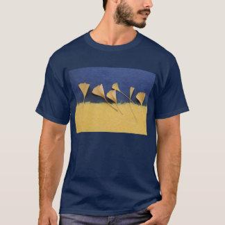 Ginkgo-Blätter auf Büttenpapierdunkelheits-T - T-Shirt