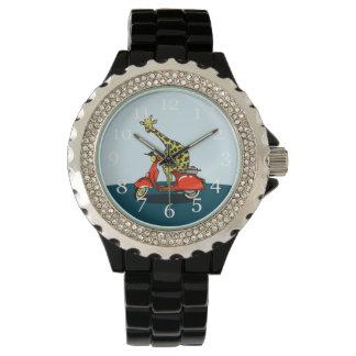 Giraffe auf einem Vintagen Moped Armbanduhr