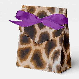 Giraffe bessert gepunktete geschenkschachtel
