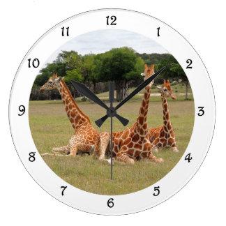 Giraffe drei am versteinerten Kante-Wand-Geklapper Große Wanduhr