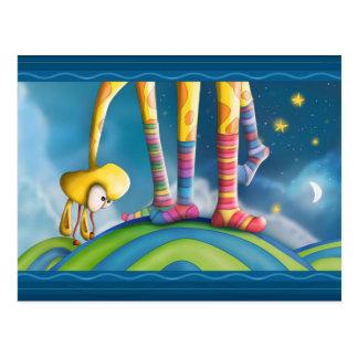 Giraffe mit gestreiften Socken Postkarten