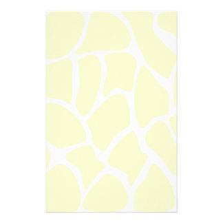 Giraffen-Druck-Muster in der Sahnefarbe Individuelle Büropapiere