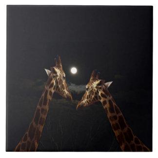Giraffen-Liebe im Mondschein, Keramikfliese