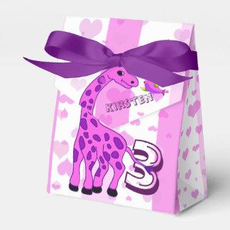 Giraffenillustration in der rosa Farbe Geschenkschachtel