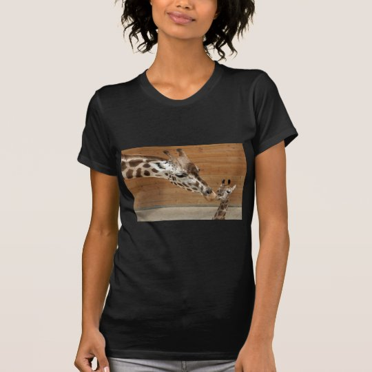 Giraffenkuss T-Shirt