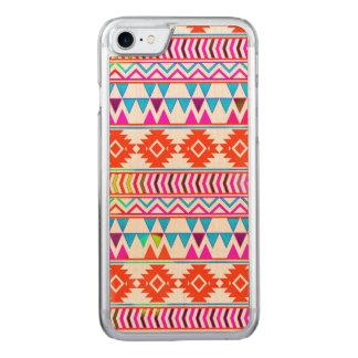 Girly glühende rosa und blaue aztekische Stammes- Carved iPhone 8/7 Hülle