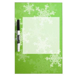 Girly grünes und weißes Weihnachtsschneeflocken Memoboard
