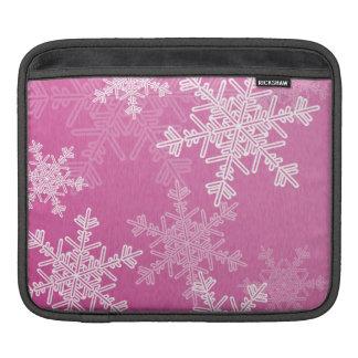 Girly rosa und weißes Weihnachtsschneeflocken Sleeve Für iPads