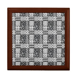 Gitter geometrischer Schwarzweiss-Muster, 01 Erinnerungskiste