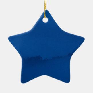 Glänzen durch die Sturmwolken Keramik Stern-Ornament