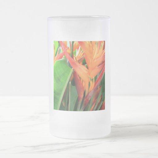 Glänzende Heliconia tropische Blumen Teetasse