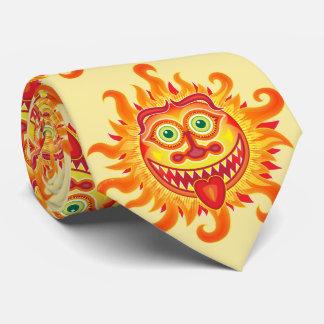 Glänzende Sonne des Sommers, die heraus Zunge Krawatte