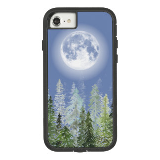 Glänzender Vollmond über nordischem Tannen-Wald Case-Mate Tough Extreme iPhone 8/7 Hülle