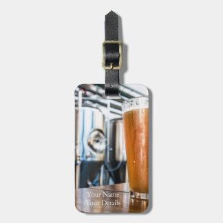 Glas Bier am Microbrewery Gepäckanhänger