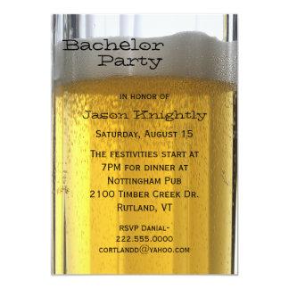 Glas der Bier-Junggeselle-Party Einladung