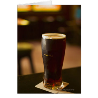 Glas irisches Ale in der Kneipe Karte