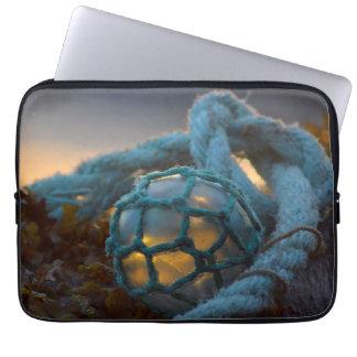 Glasfischenfloss, Sonnenuntergang, Alaska Laptop Sleeve
