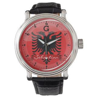 Glatte runde albanische Flagge Uhr