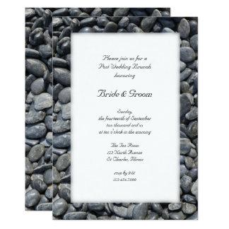 Glatter schwarzer Kiesel-Posten-Hochzeits-Brunch Karte