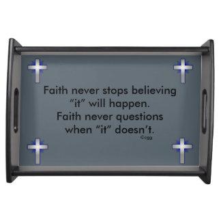Glauben-nie Serviertablett w/Blue erweiterte sich
